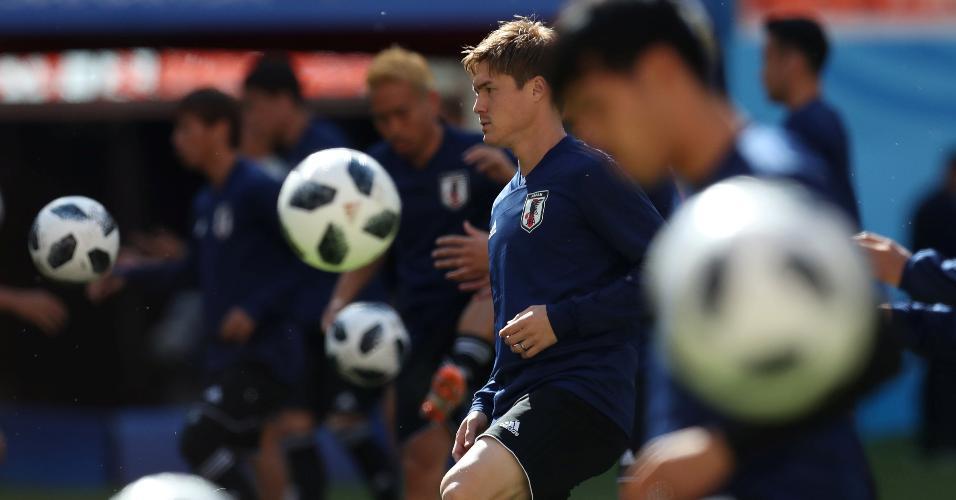 Seleção japonesa treina em Saransk na véspera da estreia na Copa