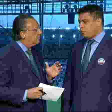 Galvão Bueno e Ronaldo durante uma transmissão da Copa das Confederações, em 2013 - Reprodução/TV Globo