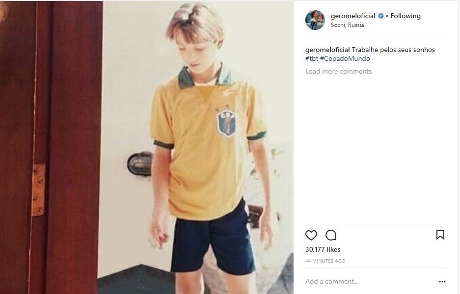 Pedro Geromel posta foto de infância com a camisa da seleção brasileira