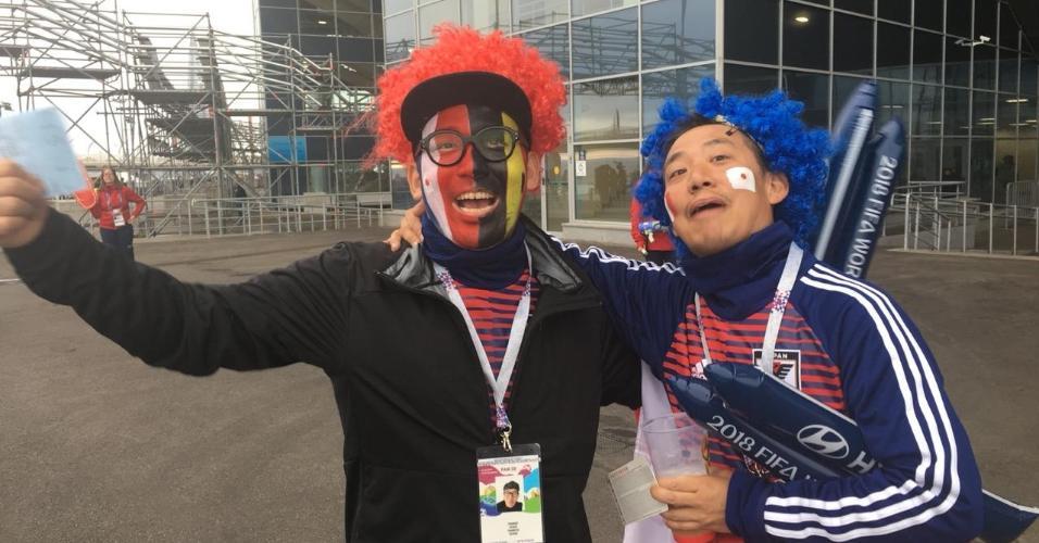 Torcedor japonês esquece derrota nas oitavas e vai ao estádio para torcer para Bélgica