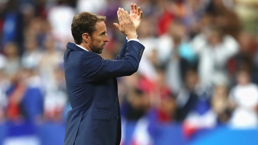 Gareth Southgate, técnico da Inglaterra, comanda sua seleção - Julian Finney/Getty Images