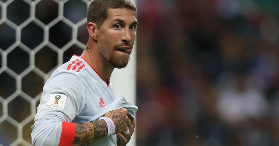 Zagueiro Sergio Ramos durante partida entre Espanha e Irã