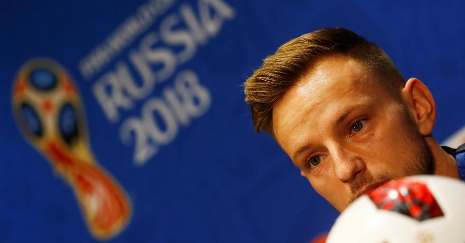 Rakitic durante entrevista coletiva em Moscou dois dias antes da final da Copa