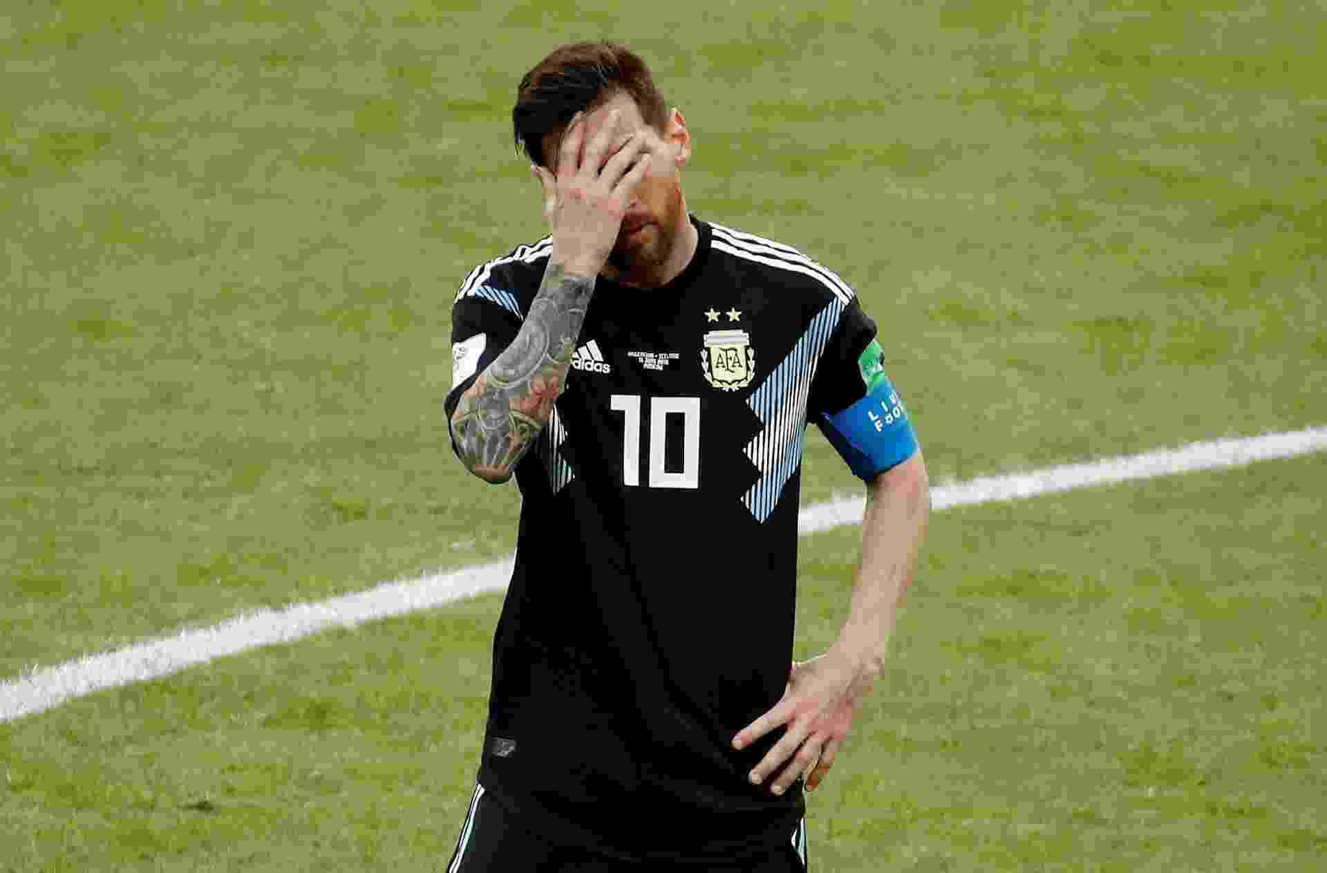 Messi lamenta pênalti perdido na estreia da Argentina contra a Islândia - REUTERS/Christian Hartmann