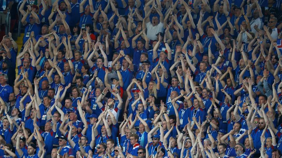 "Marcada pelas ""palmas vikings"", torcida islandesa deixa a Copa 2018 sem repetir feito de 2016 - Kai Pfaffenbach/Reuters"
