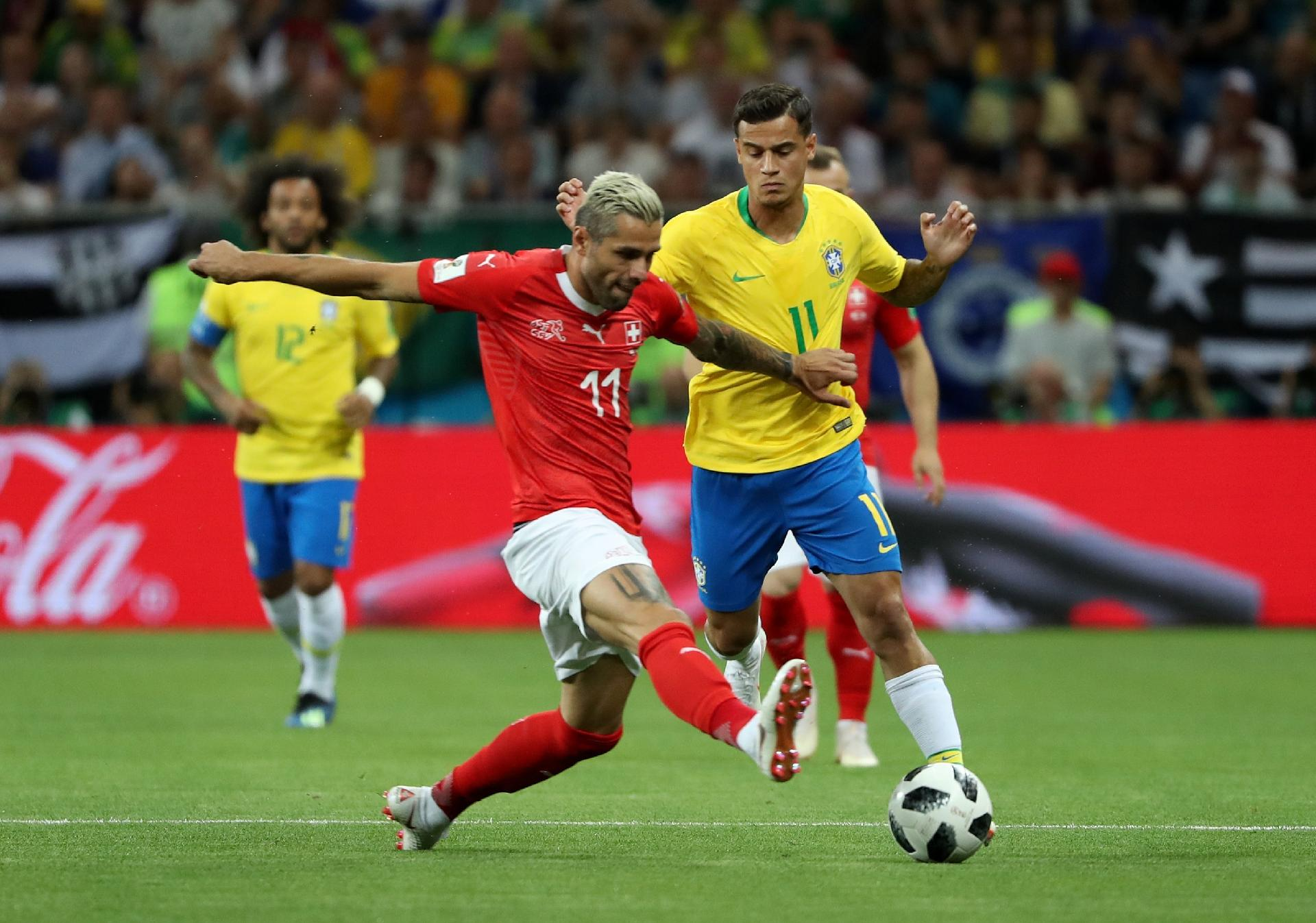 Copa do Mundo 2018  Brasil leva empate da Suíça e deixa estreia reclamando  do árbitro de vídeo - UOL Copa do Mundo 2018 42158e30d5cb3