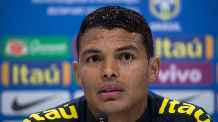 Thiago Silva, durante entrevista coletiva da seleção brasileira em Londres - Pedro Martins / MoWA Press