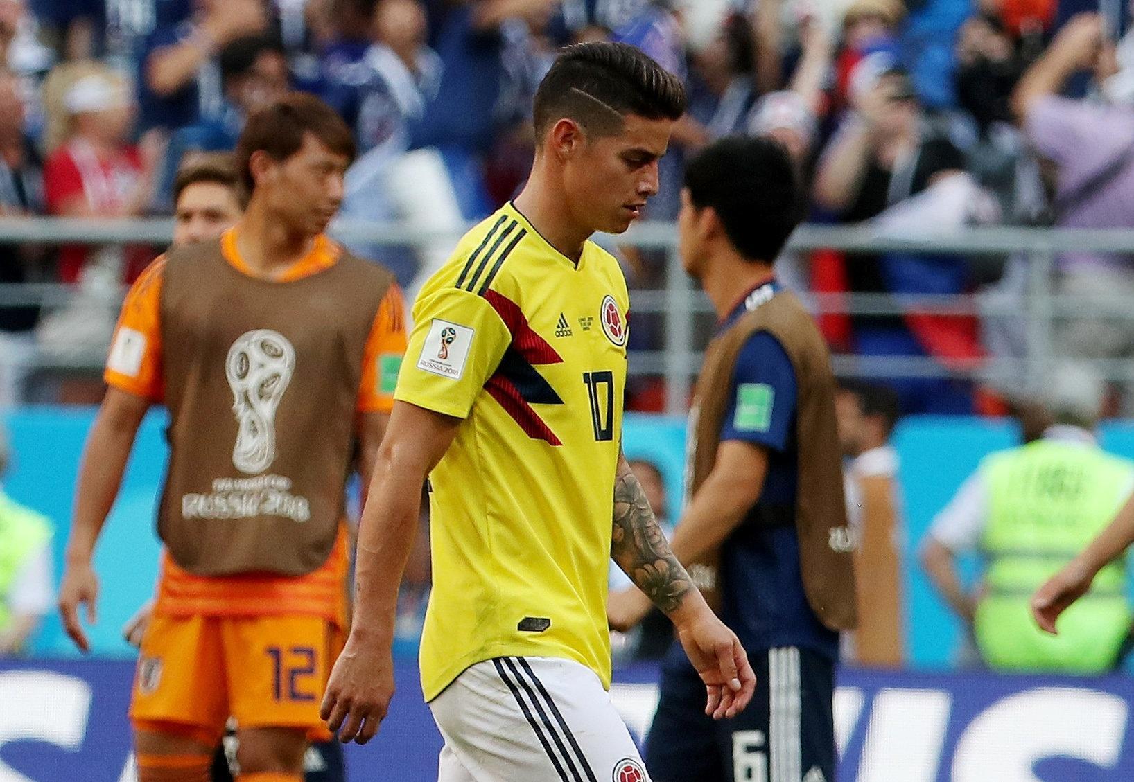 Colômbia na Copa 2018  Filha de James Rodríguez chora com derrota da  Colômbia na estreia da Copa - UOL Copa do Mundo 2018 0bfab8446be4f