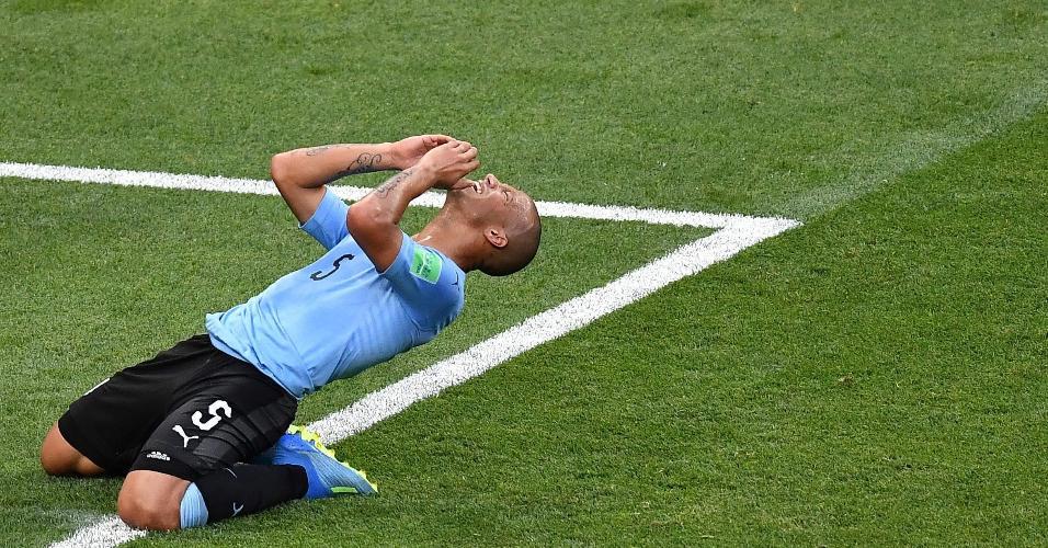 Carlos Sanchez lamenta após perder boa chance para o Uruguai contra a Arábia Saudita