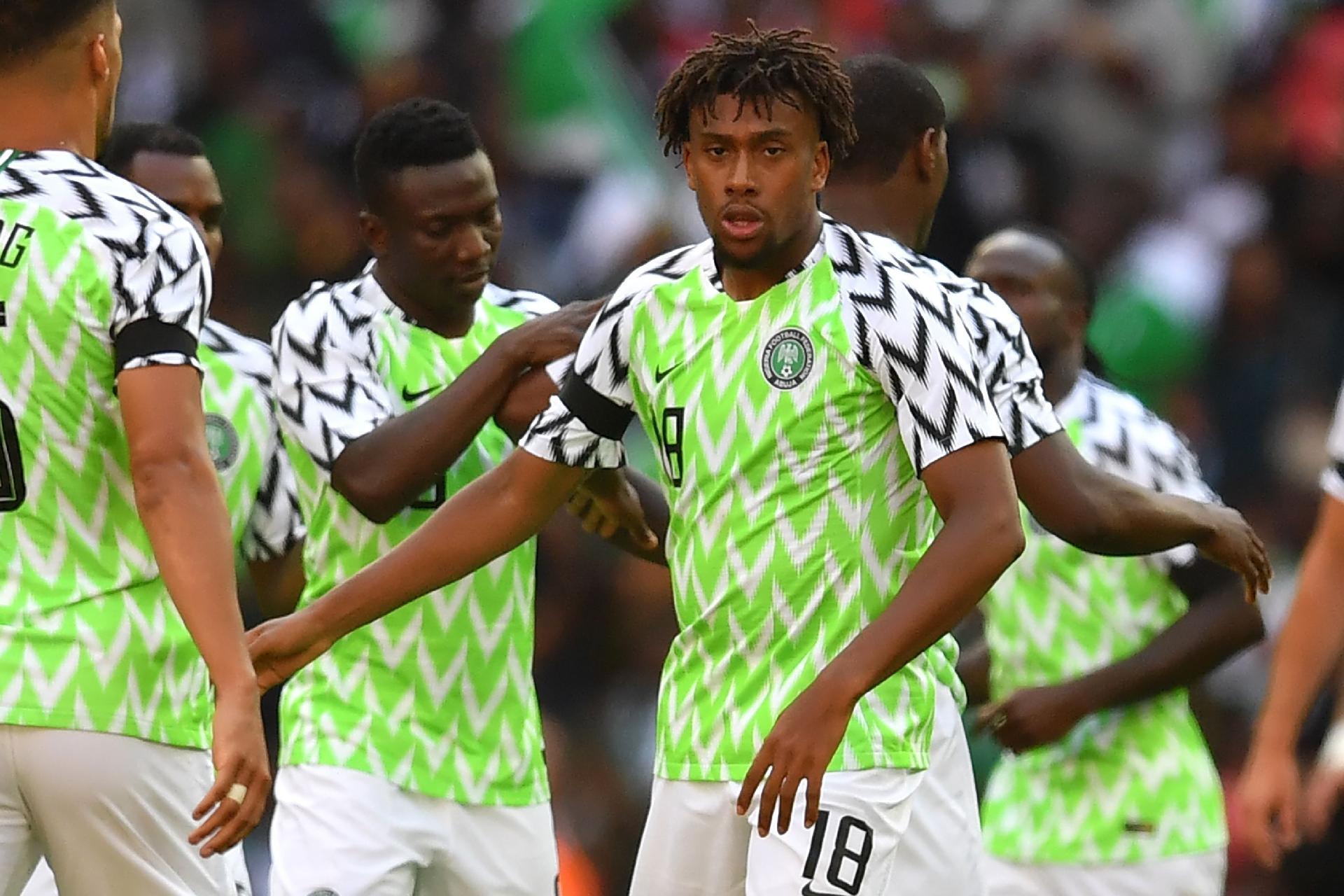 66dcc1ad659f6 Copa do Mundo 2018  Nigéria divulga lista para Copa e inclui destaques que  atuam na Inglaterra - UOL Copa do Mundo 2018