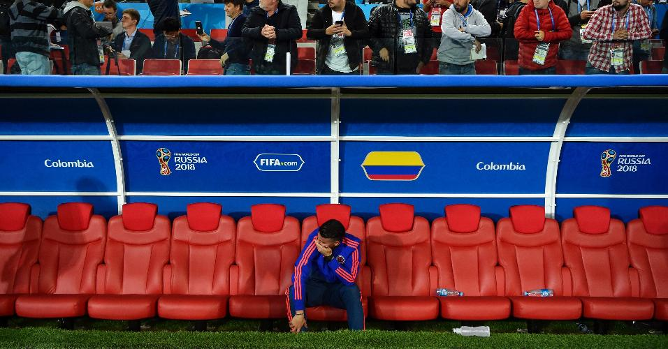 James chora depois de eliminação da Colômbia