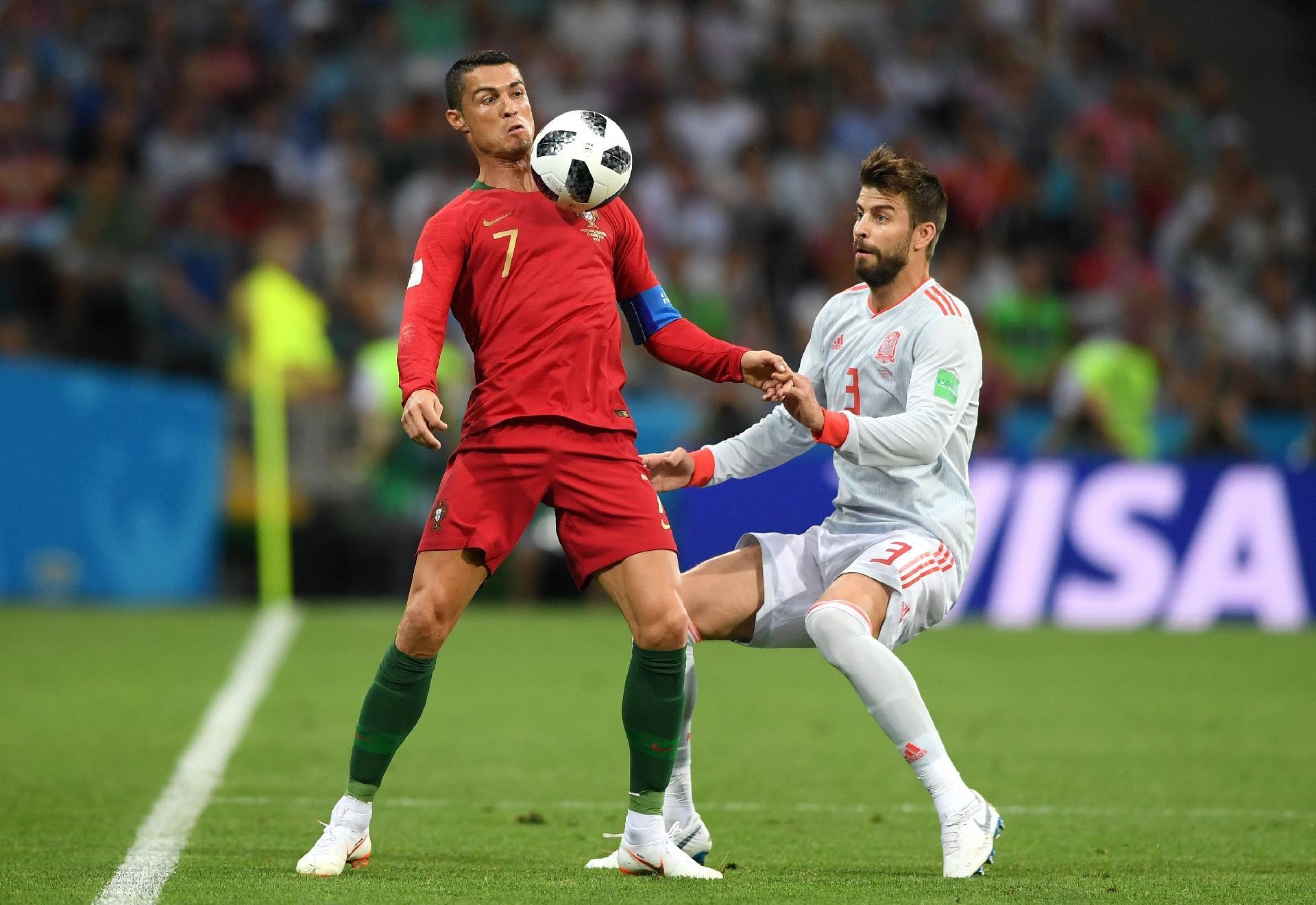2f15bd92be Cristiano Ronaldo  Semelhanças com LeBron afetam passado