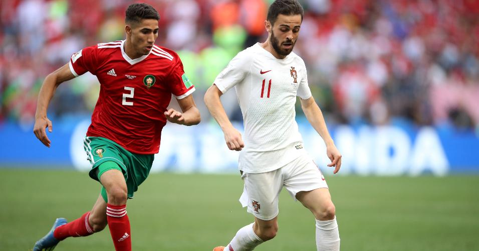 Bernardo Silva inicia jogada durante Portugal x Marrocos