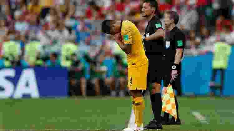 Cahill Austrália Peru - Adrian Dennis/AFP - Adrian Dennis/AFP