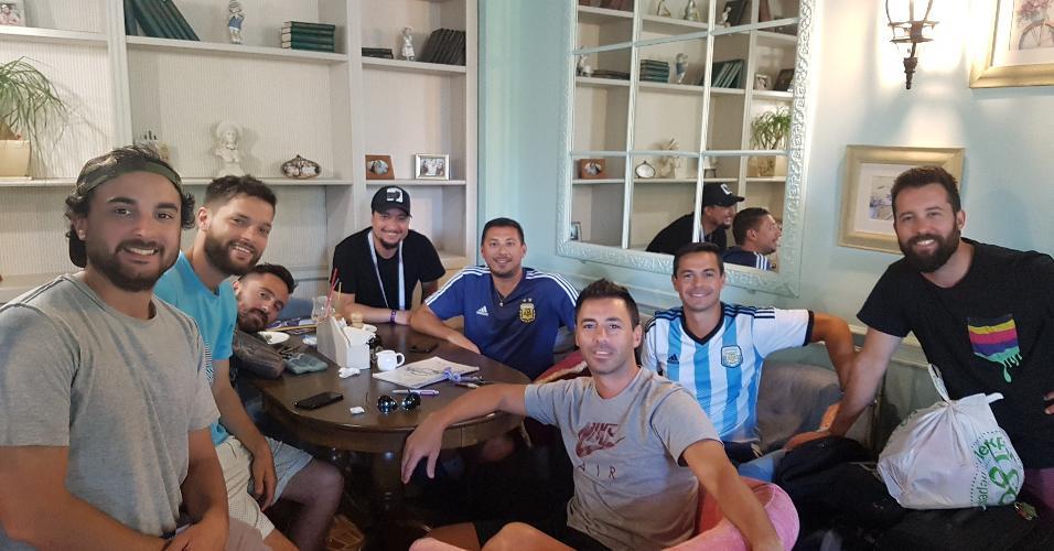 Torcedores argentinos estão em Kazan, mas não sabem como vão embora