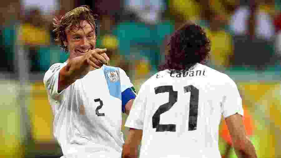 Lugano e Cavani na Copa das Confederações de 2013 - Robert Cianflone/Getty Images