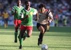 Higuita divulga meme lembrando falha da Copa de 1990 para pedir: