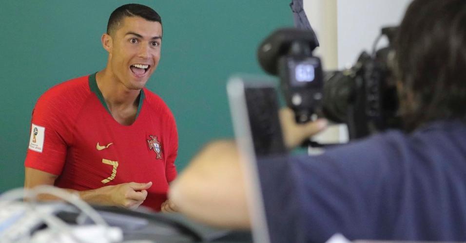 Cristiano Ronaldo sorri Portugal
