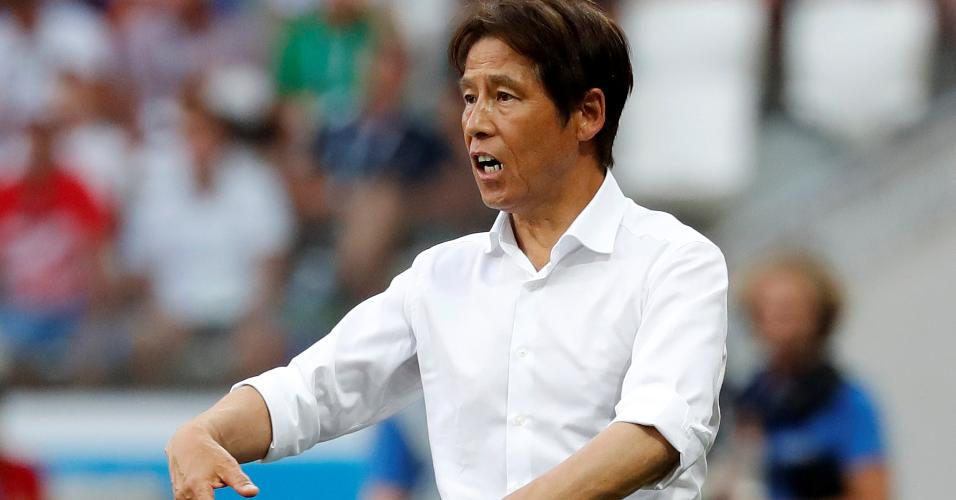 Técnico Akira Nishino durante Japão x Polônia