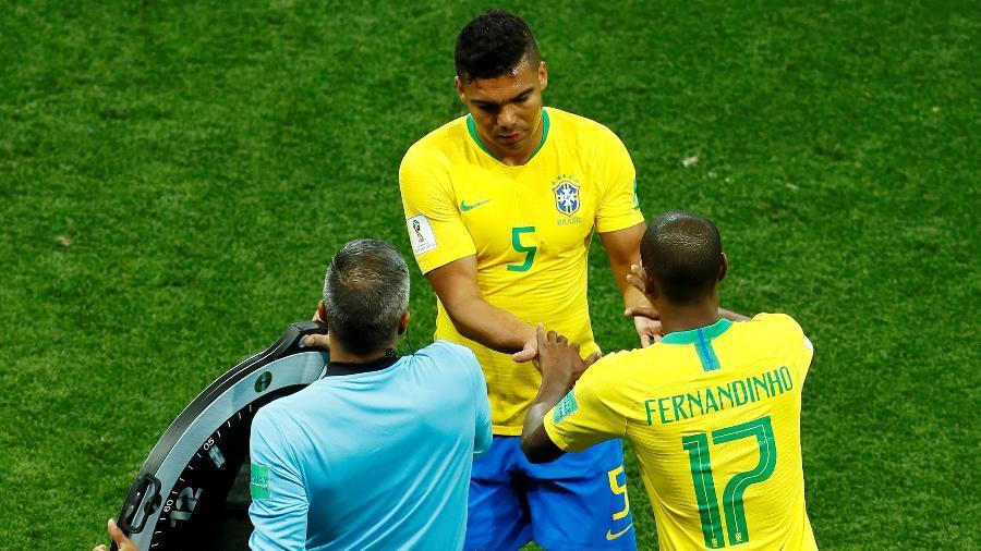 Fernandinho substitui Casemiro na estreia da seleção brasileira na Copa, contra a Suíça - REUTERS/Jason Cairnduff