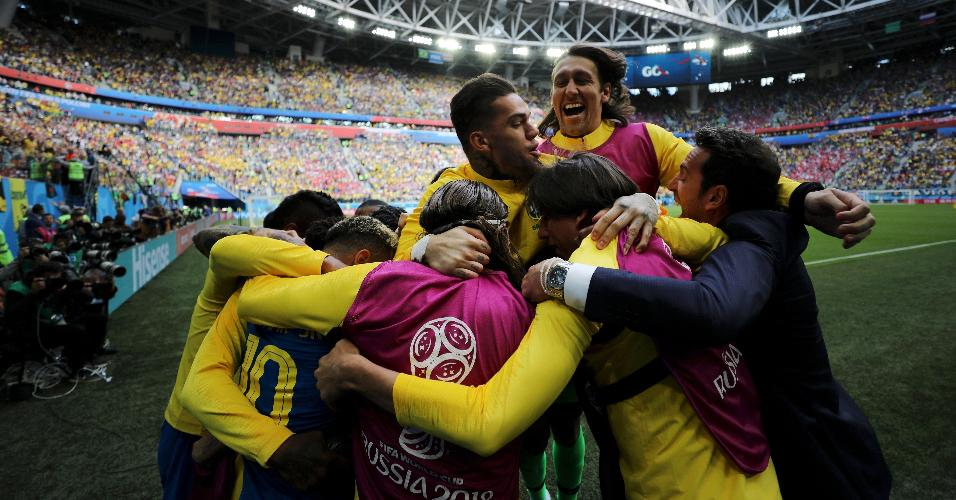 Seleção passou sufoco contra a Costa Rica. O time fez os gols nos acréscimos da partida