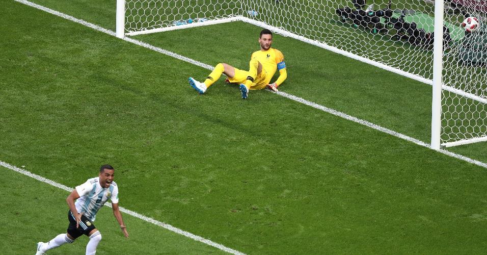 Mercado faz o segundo da Argentina contra a França no início do 2º tempo