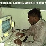 Quando o Brasileirão tiver árbitro de vídeo, vai ser mais ou menos assim - Reprodução/Twitter