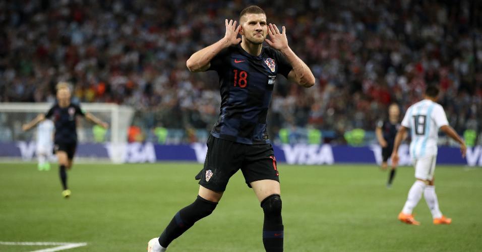 Ante Rebic bota a mão na orelha para comemorar gol da Croácia contra a Argentina
