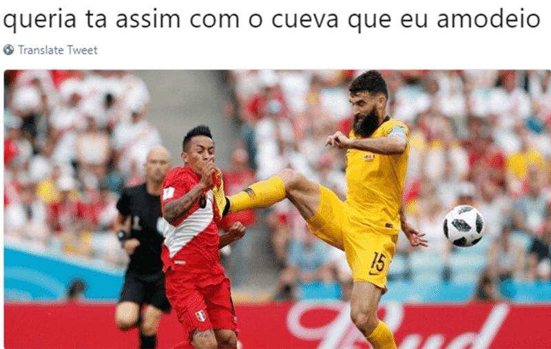 O Peru se despediu da Copa com uma vitória sobre a Austrália, e o Cueva vai levar as marcas deste jogo para casa - Reprodução/Twitter