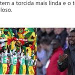 Além do técnico, a torcida de Senegal também fez sucesso e conquistou os brasileiros - Reprodução/Twitter