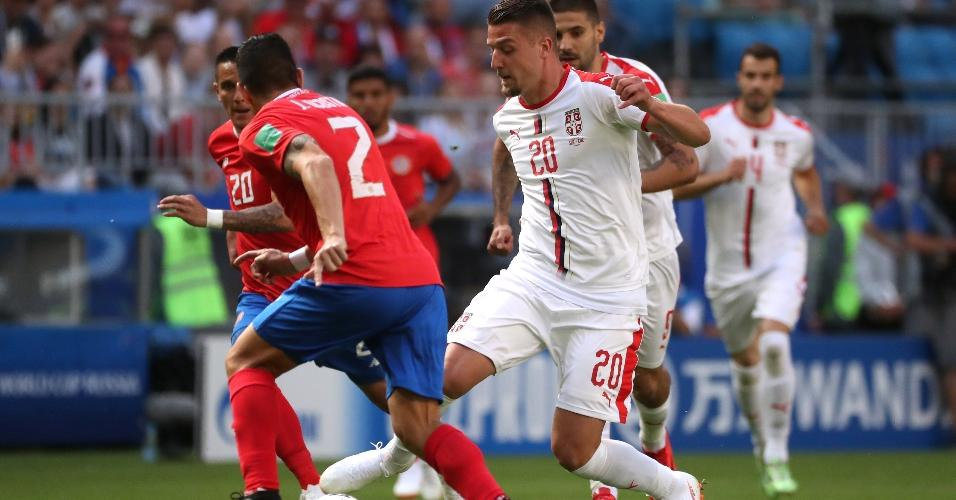 Sergej Milinkovic-Savic domina a bola em duelo da Sérvia contra a Costa Rica
