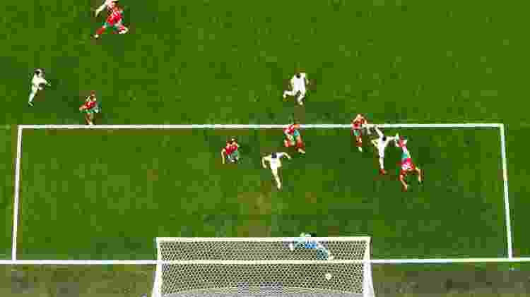 Bouhaddouz gol contra - REUTERS/Dylan Martinez - REUTERS/Dylan Martinez