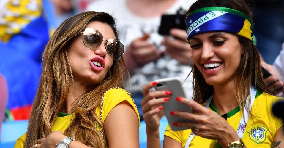 Torcida brasileira presente em Samara para jogo do Brasil contra o México