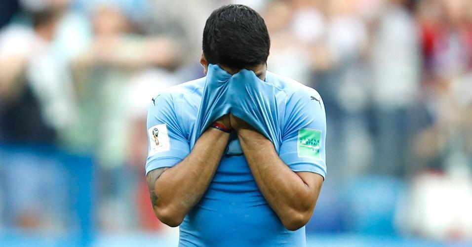 Suárez lamenta derrota do Uruguai para a França por 2 a 0
