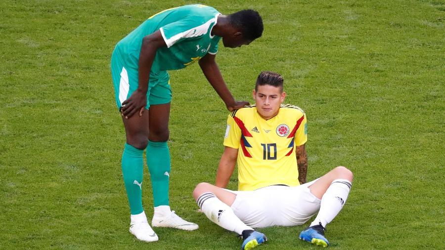 James Rodriguez sentiu dores e precisou ser substituído ainda na etapa inicial de Colômbia x Senegal - Reuters