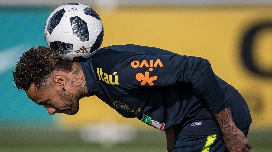 Destaque da seleção brasileira, Neymar luta para se reerguer às vésperas da Copa do Mundo na Rússia - Pedro Martins / MoWA Press