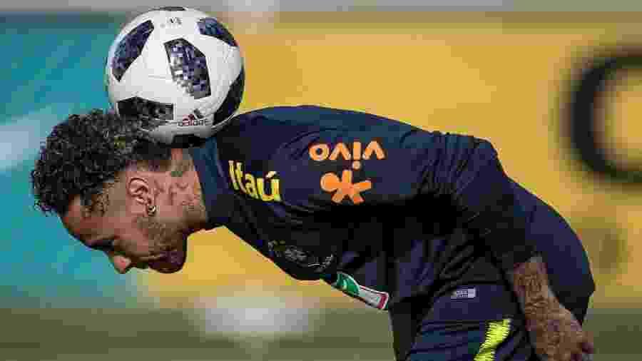 Para o autor, Neymar se preocupa mais com o grupo na seleção brasileira - Pedro Martins / MoWA Press