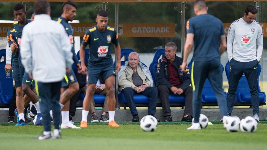 Técnico e ex-técnico da seleção brasileira se encontraram nesta quinta-feira em Teresópolis (RJ) - Pedro Martins / MoWA Press