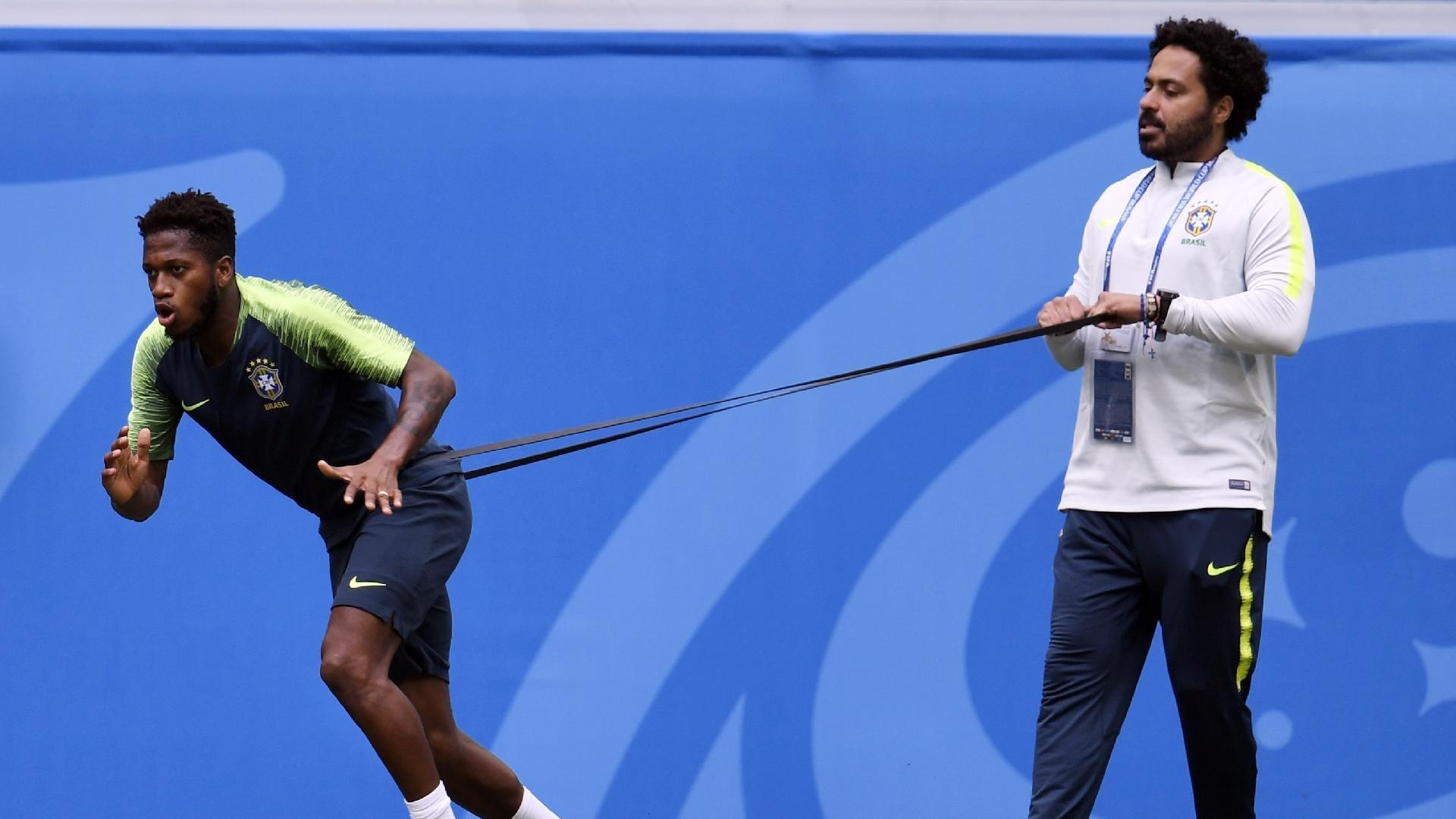 Fred, durante treino da seleção brasileira