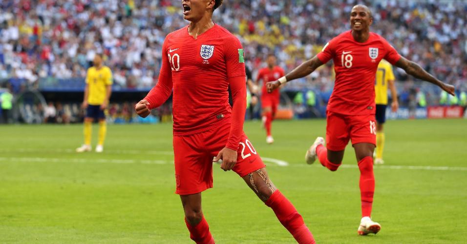 Após marcar, Delle Ali comemora o segundo da Inglaterra contra a Suécia