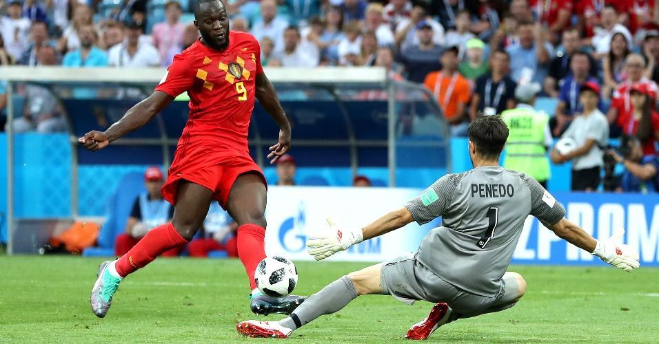 Lukaku marca o terceiro gol da Bélgica sobre o Panamá