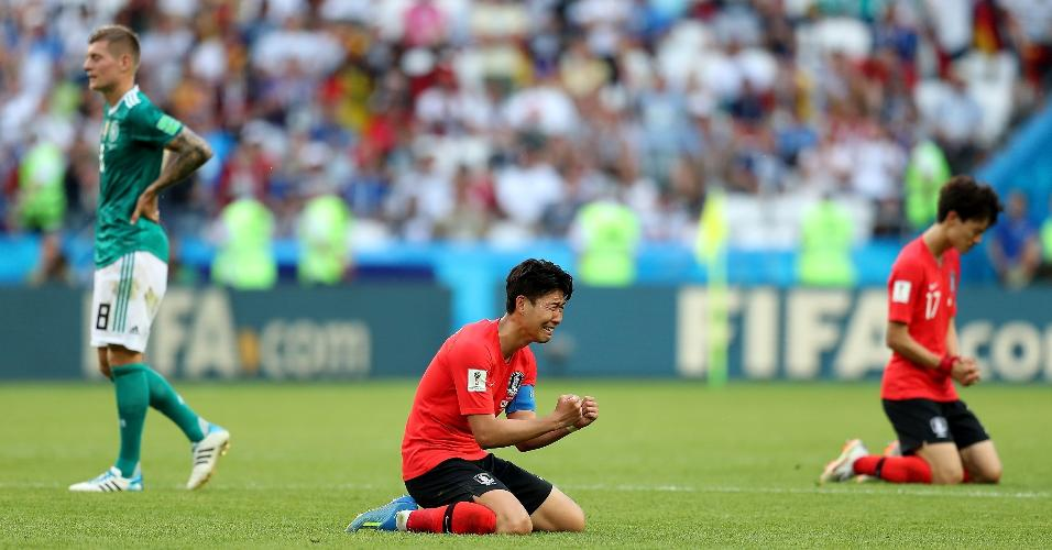 Son Heung-Min chora após vitória da Coreia do Sul contra a Alemanha