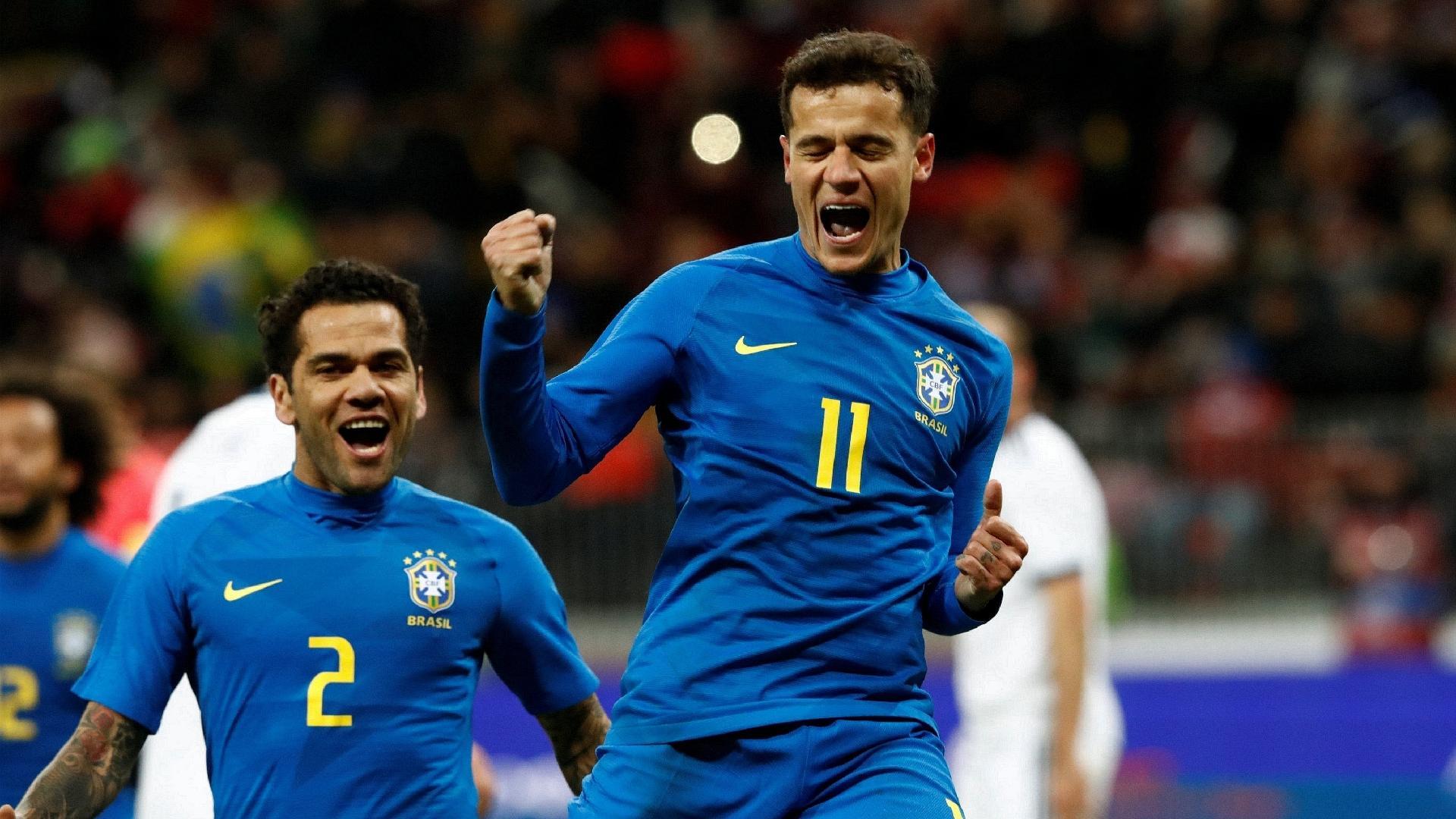Philippe Coutinho comemora segundo gol do Brasil contra a Rússia