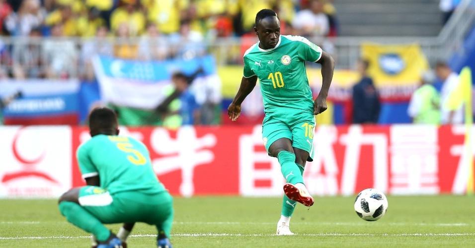 Sadio Mane dá a saída de bola para jogo Senegal x Colômbia