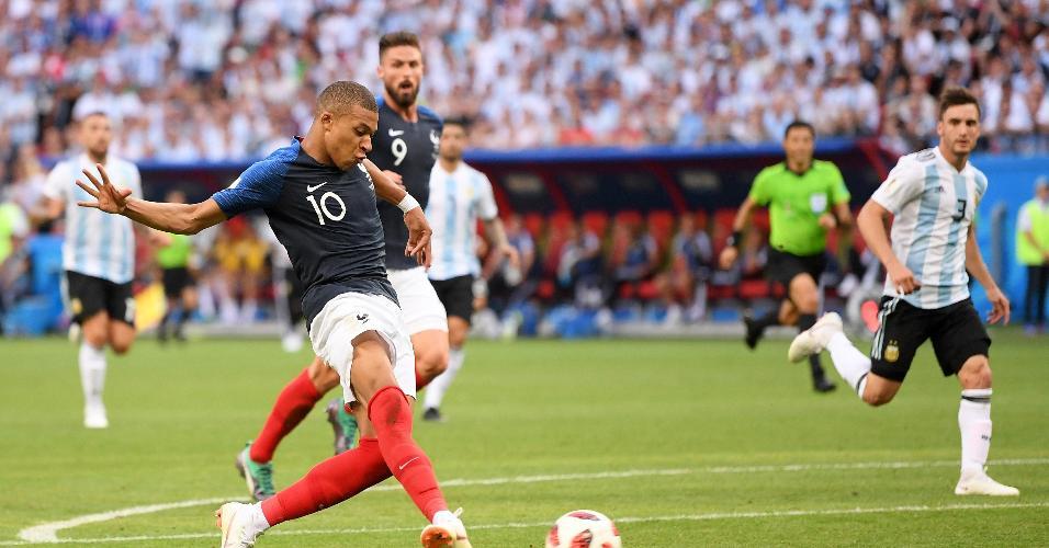 Mbappé faz o 2º dele e o 4º da França contra a Argentina pelas oitavas de final