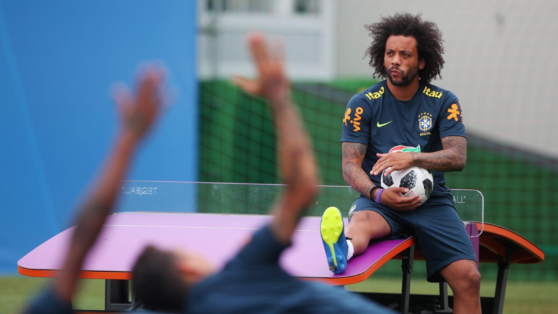 Marcelo, durante treino da seleção brasileira