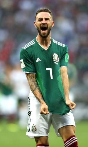 Miguel Layun, da seleção do México, lamenta após perder chance contra a Alemanha