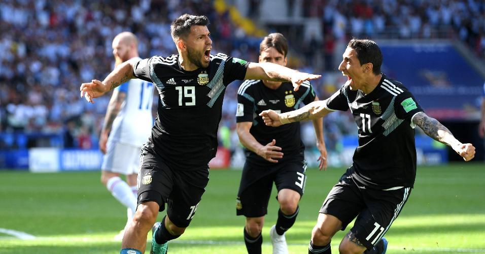 Aguero comemora após abrir o marcador para a seleção da Argentina em duelo contra a Islândia