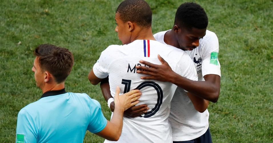 Mbappé entrou na segunda etapa do jogo