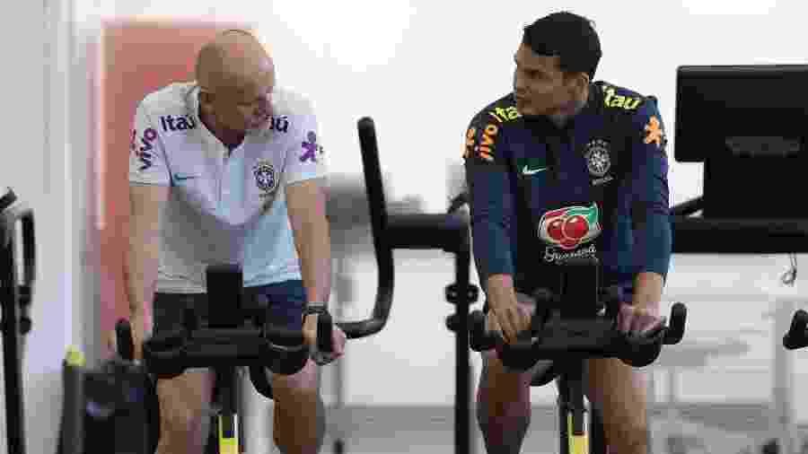 Thiago Silva faz atividade física junto com Taffarel, preparador de goleiros da seleção brasileira - Lucas Figueiredo/CBF